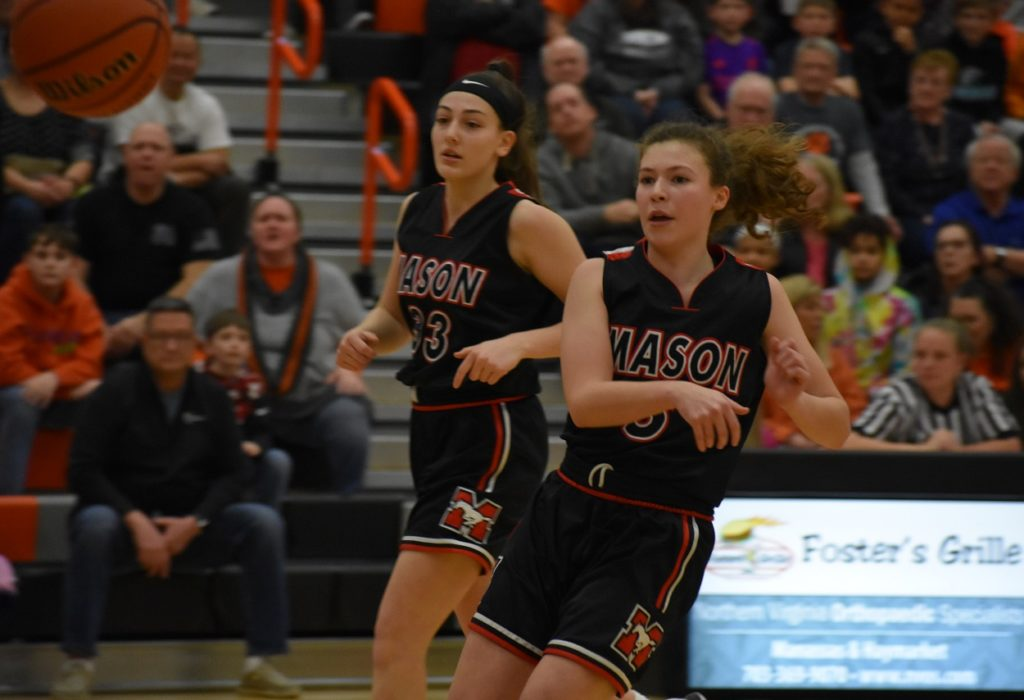 Mason sophomore Zoraida Icabalceta (seven assists) whips a pass to the wing.